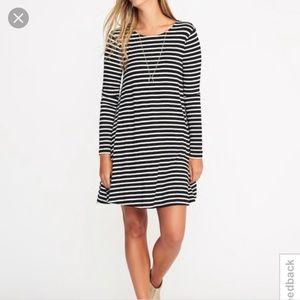 Old Navy Black Striped Swing Dress L Tall